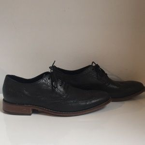 Cole Haan black leather wingtip. Size 10